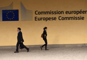 Accenture et Comparex dans le cloud de l'EC DIGIT