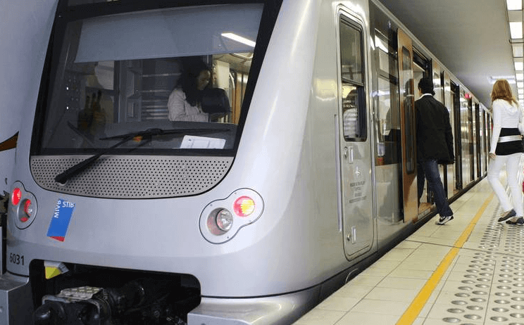 Wi-Fi gratuit bruxellois : dans le métro dès septembre