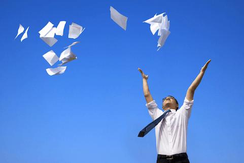 Le concept du bureau «paperless» est une utopie pour 74% des cols blancs en Belgique