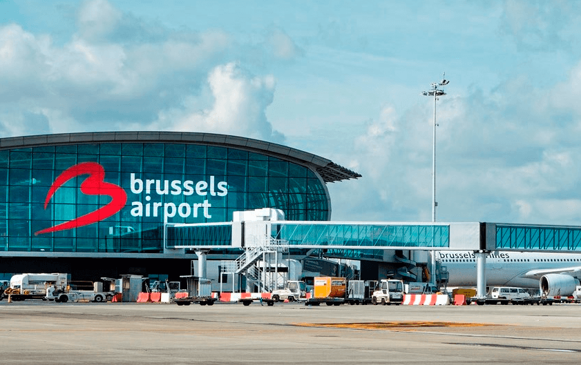 BRUce Pepper assiste les passagers de Brussels Airport