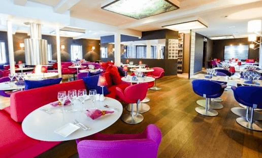 Loungeatude, salle à manger hors cadre à Louvain-La-Neuve
