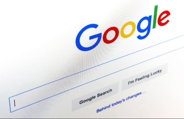 Google publie une étude sur trois ans de droit à l'oubli européen, et actualise son rapport sur le sujet, qui contiendra désormais des informations sur les demandeurs et le type de contenu concerné.