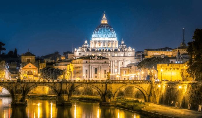 Le Vatican choisit la fibre optique d'Interoute. Nom du projet : «backbone»