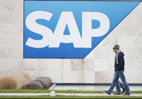 SAP avait déjà annoncé la fin du support de la version ECC 6 à ce moment, poussant ses clients à s'engager massivement dans S/4HANA...