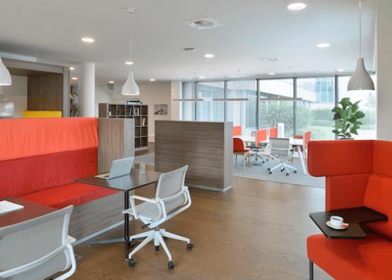 Arrivée des bureaux flexibles et des espaces de coworking dans les petites villes ou aux points névralgiques.
