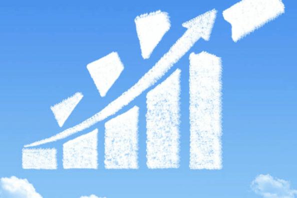 Au pis de la première vague de la pandémie, le cloud public a continué de progresser, affichant une progression de 31 %