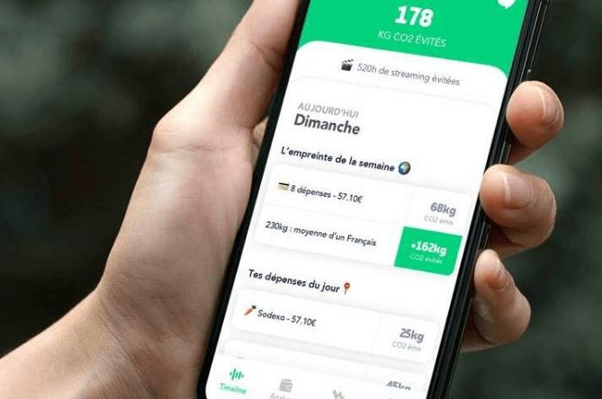 Greenly, l'application mobile gratuite pour calculer son empreinte carbone à partir de ses relevés bancaires, annonce le lancement de son offre B2B pour permettre aux banques d'ajouter une mesure d'empreinte carbone dans leurs applications