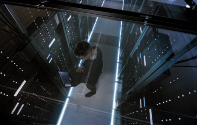 NewEdge, une étape plus loin ! Internet a montré ses limites. Ce qui met les responsables de la cybersécurité dans une position difficile. En effet, le déploiement d'outils de sécurité est pénalisé, victime d'une latence accrue