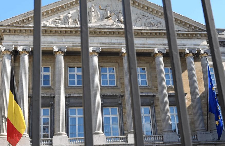 «La Belgique doit répondre à deux plaintes concernant le non-respect de la vie privée : une au sujet de l'indépendance de l'autorité de protection des données et une au sujet du Comité de Sécurité de l'Information. C'est le premier pays européen mis en cause, souligne Jacques Folon, Professeur à l'ICHEC, CEO de GDPRfolder